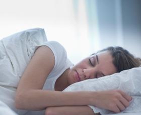 Ne spite dobro? Tu je 8 nasvetov za kvalitetnejši spanec!