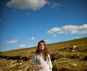 FOTO: Junijska modna zgodba Med oblaki