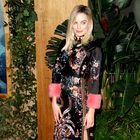 Najlepše oblečene ta mesec: Victoria Beckham, Margot Robbie in Jennifer Aniston