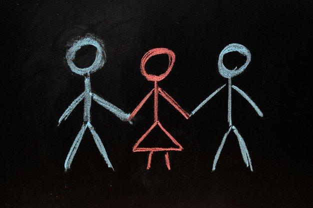»V razmerju sem s štirimi osebami ...« - Foto: Profimedia