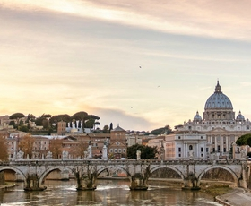 Ste za potovanje v Rim? Zgodovina, kultura in božanska hrana na enem mestu.