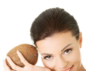 5 načinov uporabe kokosovega olja v kozmetiki