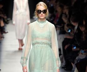 Prosojno: 12 najlepših poletnih modnih kosov