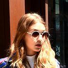 Najbolje oblečene zvezdnice ta mesec: Gigi Hadid, Alicia Vikander in Jennifer Aniston