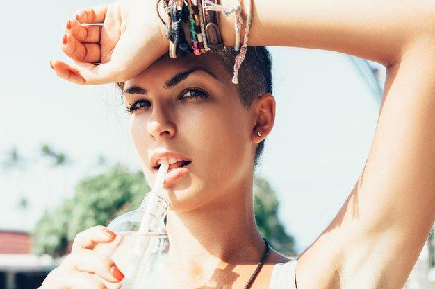 6 tehtnih razlogov, zakaj bi morali piti več vode - Foto: Profimedia