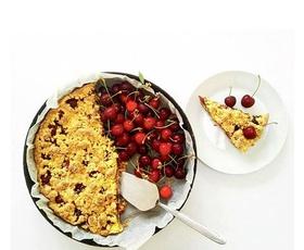 #ELLEKUHA: Brezglutenska pita s češnjami