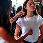 VIDEO: Kako pokazati svojo osebnost preko stila oblačenja, navdihnjenega z največjimi jesenskimi modnimi trendi?