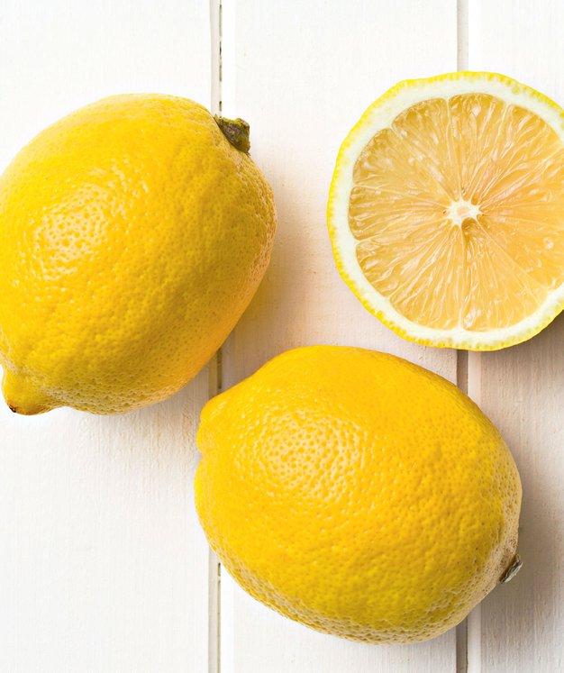 """""""Ta sadež je zlat, imate vsaj enega v hladilniku? Kaj še čakate?! Limonizirajte se!"""" - Foto: Shutterstock"""