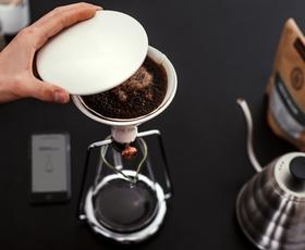 GINA: Pripomoček, s katerim bo uživanje kave postalo posebna izkušnja!