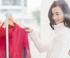 Kaj sporoča barva vaše obleke?