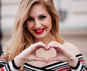Znana slovenska blogerka, Ajda Sitar, je obraz nove kolekcije znamke Morgan