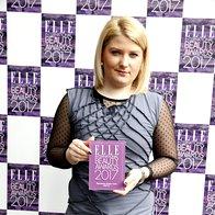 Predstavnica podjetja Mediforma je nagrado prejela v imenu znamke Phyto. (foto: Helena Kermelj)