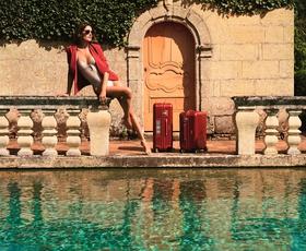 Alessandra Ambrosio: V objemu prestižnih znamk