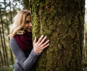 Resnica dreves: 10 najlepših mističnih citatov meseca marca