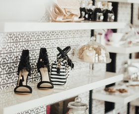 Deichmann spet navdušil s pomladnimi in poletnimi trendi obutve in torbic