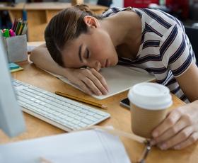 Samouničevanje: Ste na delovnem mestu sami svoj sovražnik? (načini, kako se temu ubraniti)