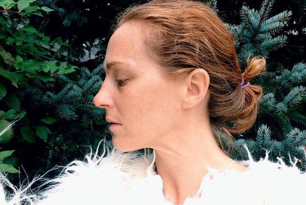 Aleksandra Brlan: Intuitivna oblikovalka, ki nas je osupnila s svojo resničnostjo - Foto: Osebni arhiv in Jure Makovec