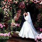 Miranda Kerr končno objavila fotografije svoje poročne obleke