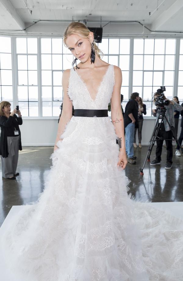 FOTO: Najlepše poročne obleke na svetu (za leto 2018)