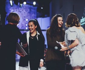 Anita in Eva Bizjak: Sestri v oblikovanju uniseks oblačil