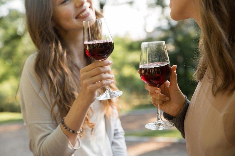 Vinski izrazi, ki bi jih morala poznati vsaka ženska