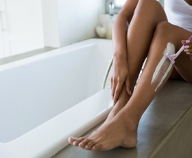 5 napotkov, da bo britje nog in bikini predela prijetnejše