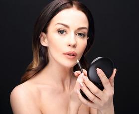 5 make-up trikov, ki vas bodo pomladili