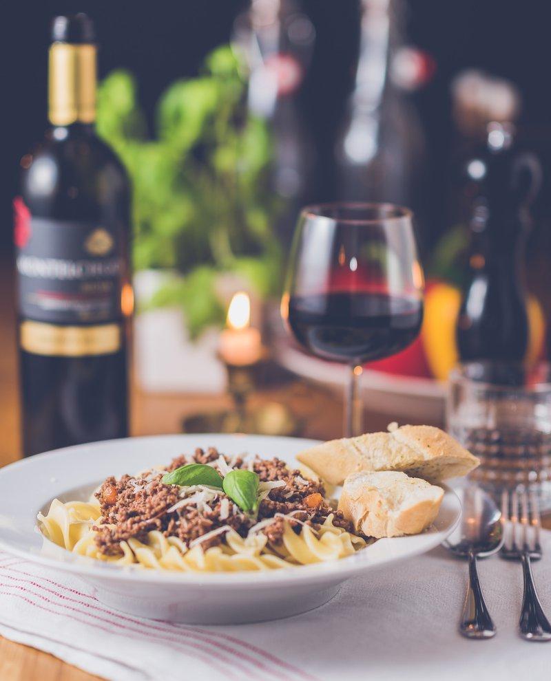 5 fantastičnih idej, kako preživeti jesenske večere v dvoje