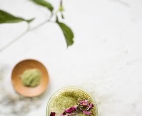 Mača Manija: kako uporabiti čaj, ki je osvojil Instagram (napotki Elle dekleta)