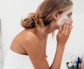 5 minut, ki bo spremenilo vašo kožo za vedno (napotki Elle uredništva)