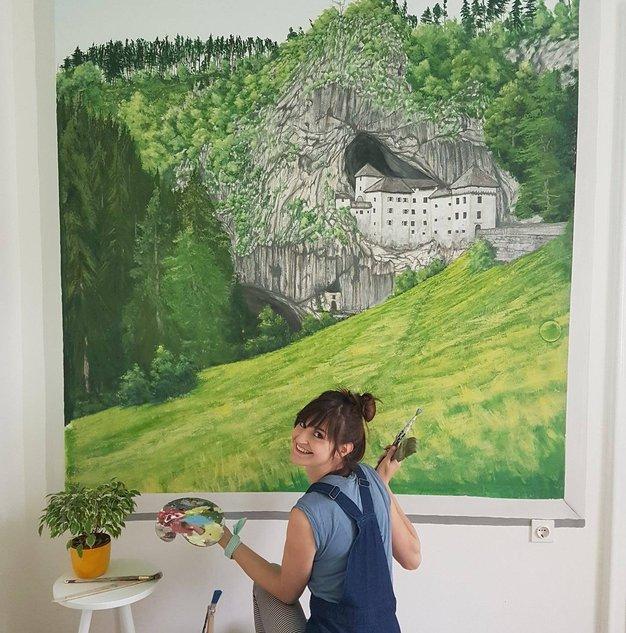 To je Slovenka, ki se je slikanja naučila z Youtube! - Foto: Faceboo Neža Erjavec