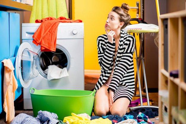 TAKO iz oblačil odstranite mastne madeže (trik, ki vedno deluje!) - Foto: profimedia