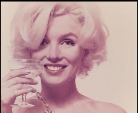 Poglejte te prelepe fotografije Marilyn Monroe, posnete le nekaj dni pred njeno smrtjo!