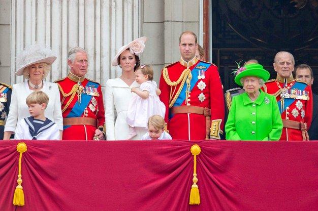Angleška kraljeva družina ima Whatsapp skupino. Uganite, o čem teče beseda! - Foto: profimedia
