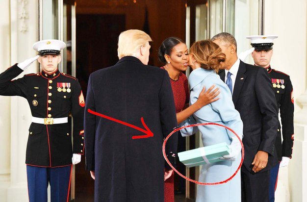 Michelle Obama je končno razkrila, kaj se je skrivalo v razvpiti Tiffany škatli! - Foto: profimedia