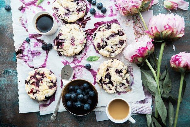 TE sladice si lahko privoščite tudi med dieto (nasveti hišnega strokovnjaka) - Foto: Brooke Lark / Unlash