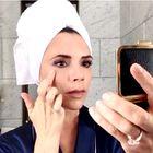 TO je dokaz, kaj se v resnici zgodi, ko podlago na obraz nanesemo s prsti!