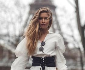 To prehodno modno kombinacijo boste z lahkoto posnemale! (+ kako jo nosijo modne blogerke)