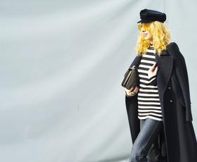 Če ste se spraševale, kakšen kroj džinsa ZDAJ nosijo modne poznavalke, je odgovor ...