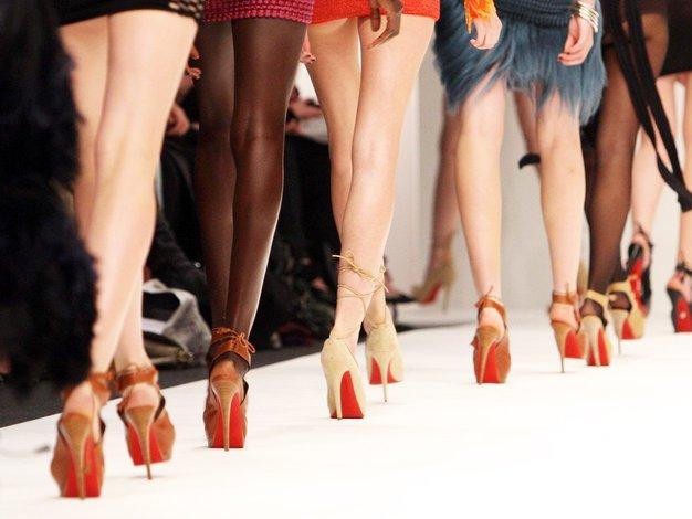 ZATO so podplati čevljev Christian Louboutin rdeči! - Foto: Profimedia
