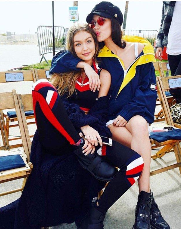 Sestri Hadid sta napovedali nov trend v stiliranju kostimov (in poželi navdušenje!) - Foto: Profimedia