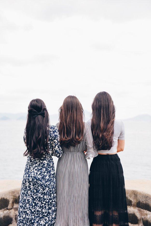 Glavnik, ki ne poškoduje las, mora imeti TE 3 lastnosti! - Foto: Unsplash.com /Suhyeon Choi