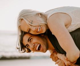 5 najboljših nasvetov za srečno zvezo (po mnenju izkušenih terapevtov za pare)