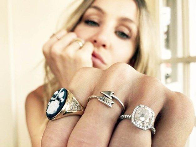 Na katerem prstu nosite prstan? Preverite, kaj to razkriva o vaši osebnosti! - Foto: Profimedia
