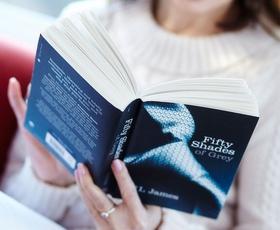 8 knjig, ki so še bolj erotične kot Petdeset odtenkov sive