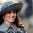 TE čevlje je navdihnila kraljeva družina in zdaj gredo kot za med!