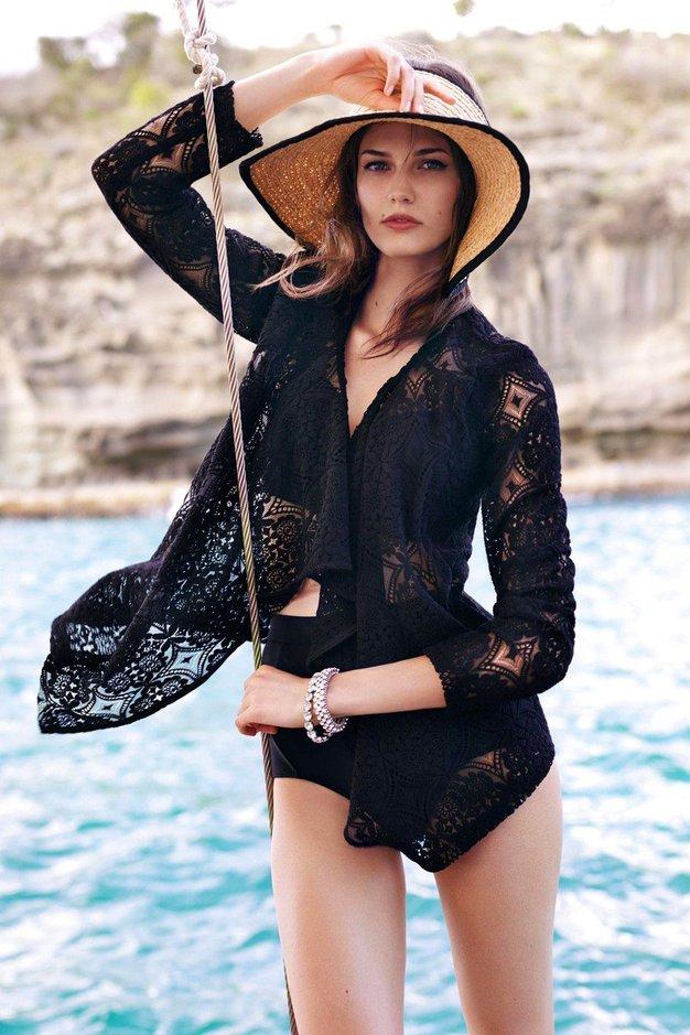 Govorimo seveda o klobukih, in tu so modeli z modnih pist pomladno/poletnih kolekcij!