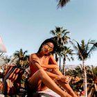 Moda s plaže: Modna dekleta poleg kopalk vedno oblečejo še ...