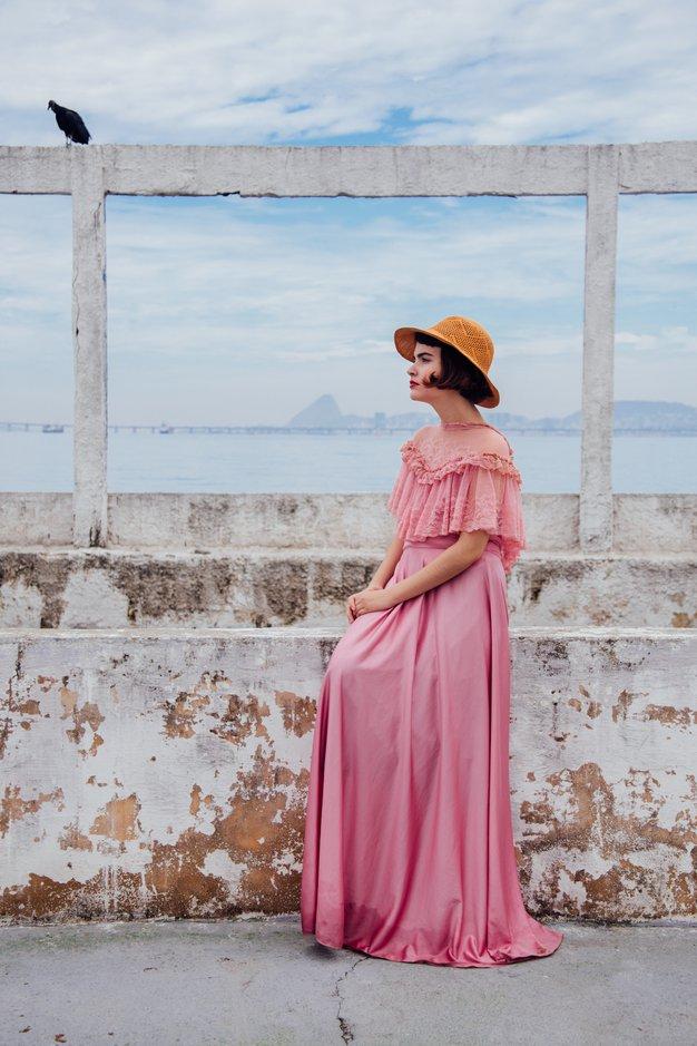 TO so (naše) najljubše obleke za poletje 2018! - Foto: Unsplash.com/henri meilhac