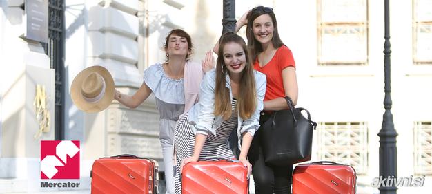 Kaj bodo v Podgorici in Sofiji to poletje počele Katja, Ajda in Kaja? (+Mercatorjevih 500 BREZPLAČNIH letalskih vozovnic) - Foto: Helena Kermelj